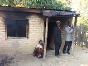 Hemleverans åt familjer och äldre som av en eller annan anledning inte hade möjlighet att hämta sin lampa.